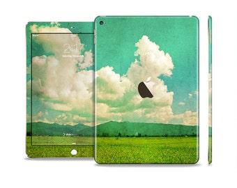 The Green Vintage Field Scene Skin Set for the Apple iPad (All Models Available)