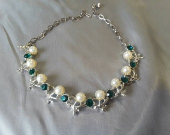 Vintage Green Rhinestone and Faux Pearl Costume Necklace
