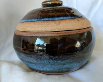 Specially handcrafted ceramic bowl with lid -- sugar bowl