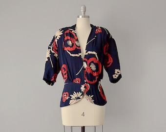 40s Top // 1940's Navy Bold Floral Print Silk Blouse w/ Deep V-Neckline // L - XL
