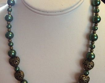Green and Medal Hearts Beaded Necklace.