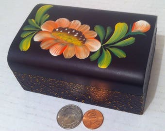Vintage Wooden Black Box, Storage Box, Stash Box, Wood Box, 5 x 3 x 2, Nice Painted Design