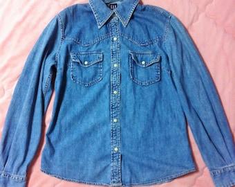 Vintage GAP Denim Shirt, Blue Denim Button Up Shirt, Vintage Blue Denim Shirt, Vintage Gap Denim Button Up Shirt, 90s Denim Shirt Top