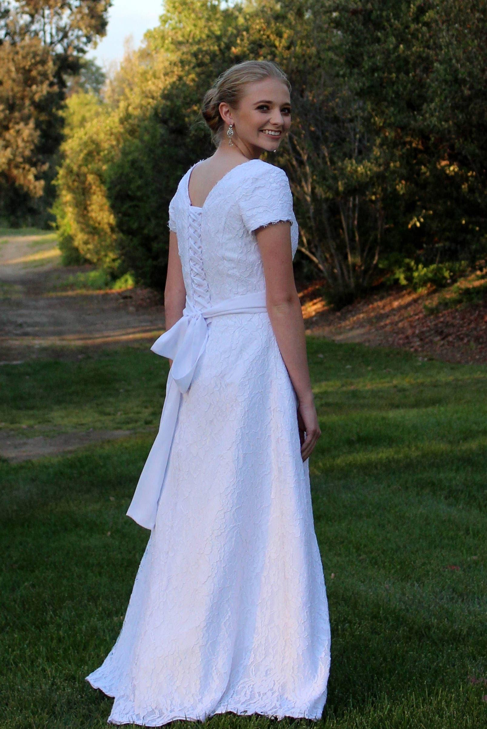 Kimberly Brautkleid maßgeschneiderte Brautkleid