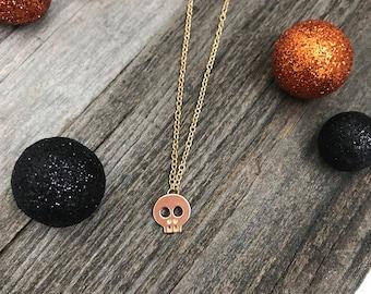 Gold Skull Necklace -- Skull Necklace -- Halloween Necklace -- Spooky Necklace -- Gold Necklace