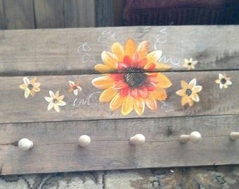 Sunflower wooden peg hanger