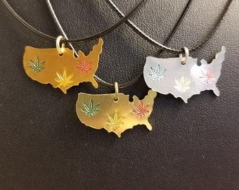 Hemp leaf Necklace