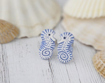 Little Seahorses Stud Earrings Seahorse Hippocampus Earrings 7 Matte