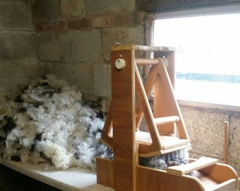 Picked and Washed Jacob fleece 100g, 3.5 ounces