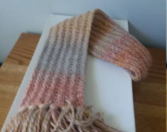 Women's alpaca scarf