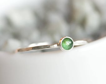 Tiny Emerald ring - skinny silver stacking ring with rose cut Emerald stone, May birthstone 3mm
