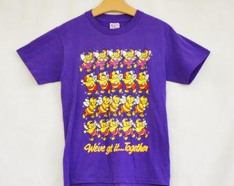 Vintage 90s Bee Print T-shirt/Purple Shirt/Retro/Hippie