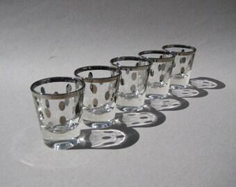 Silver Polka Dot Shot Glasses Set/5 Dorothy Thorpe Era Silver Rim Silver Dot Glasses Mid Century Barware