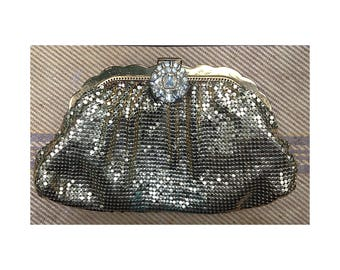 Vintage Whiting and Davis Gold Metal Mesh Purse With Rhinestone Clasp / 1940s Vintage Clutch Purse