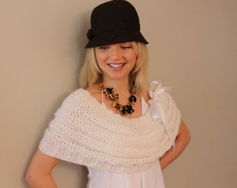Wedding capelet with multiple uses