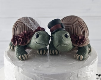 Land Turtle Wedding Cake Topper Custom - Realistic Bride and Groom