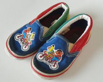 Vintage 1990 Kids Sesame Street Shoes - Bert & Ernie Loafers - Toddler Child Size 7 Boys Girls Unisex, Red Blue Yellow Green, No Tie Slip On