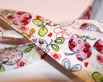FABRIC 100% COTTON 18MM APPLE TREES IN BLOOM