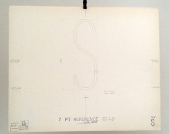 Letter capital S, industrial drawing, original font casting drawing, typographic drawing: two styles to select from. 1967.