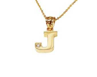 NP07d-10K Gold One Initial Name Necklace with a Diamond