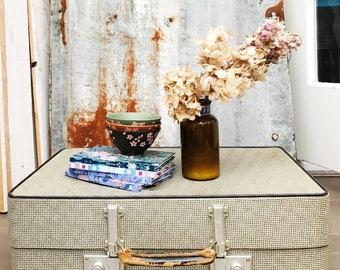 Vintage Cream Suitcase/Retro Suitcase/Gingham suitcase/vintage Luggage/ holidays/vintage suitcase/1960s suitcase/suitcase table
