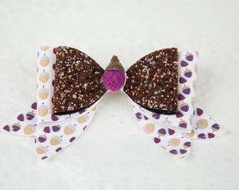 Acorn bow