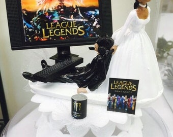 League of Legends inspired cake topper, Video game cake topper, Funny bride and groom, groom's cake topper, Video game of choice