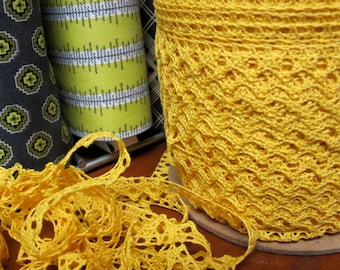 Yellow Cluny Lace Trim -  5 yards - 6.00 Dollars