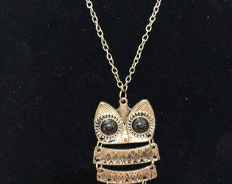 Antique Gold Owl Necklace 28.5 inch chain