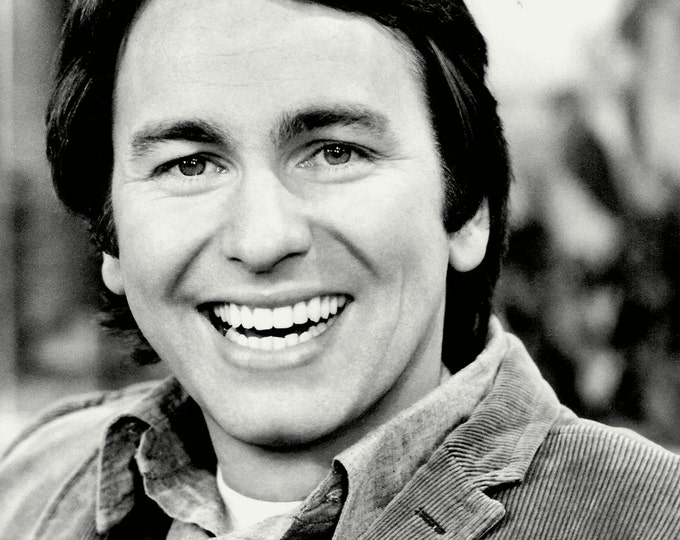 """John Ritter Television Actor """"Three's Company"""" - 5X7, 8X10 or 11X14 Publicity Photo (BB-918)"""