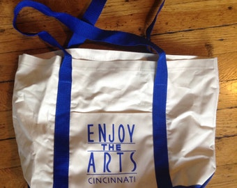 Vintage Cincinnati Enjoy the Arts tote bag