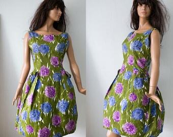 Vintage 1950s day dress/cotton  green purple blue flower  print garden party knee length summer dress/S/M