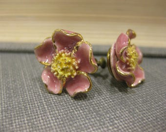 Vintage Ceramic Screw-Back Flower Pink & Yellow Earrings