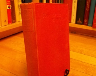 Hagar of the Pawn-Shop by Fergus Hume. Published 1905 Vintage Mystery Book / Thriller / Crime Fiction / Bound in Beautiful Red Cloth