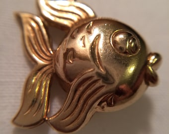 Gold Fish Charm Pendant - 9ct Yellow Gold - Birmingham 1949 - Vintage Puffy 3D