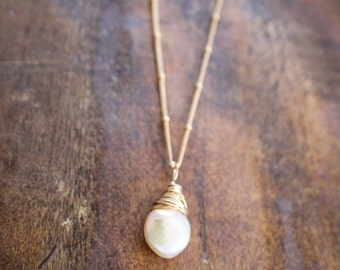 Pearl Wire Wrapped Gold Filled Necklace Satellite Chain, Bridesmaids,  Wedding Party Necklace, Gold Freshwater Pearl Necklace