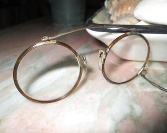 Beautiful Antique Eyeglasses And Case Circa 1900