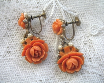Vintage Coral Celluloid Flower Earrings ~ Screwback ~ Coral Flowers