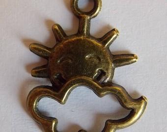 Charm pendant ❥ Sun & cloud bronze metal