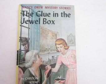 Nancy Drew The Clue in the Jewel Box 1960s Original Text Twenty five chapters copyright 1943, Nancy Drew Number 20 Original Text,