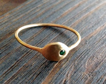 Emerald City. Simple and Sophisticate 14K Thin Gold Ring Set with Green Emerald. Signet Ring. Alternative Engagement. Solitaire Ring.
