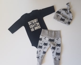 Personalized Baby Boy Take Home Outfit. Batbaby [insert name) Has Arrived. Baby Boy Coming Home Outfit. Personalized Bodysuit. Batman Mask.