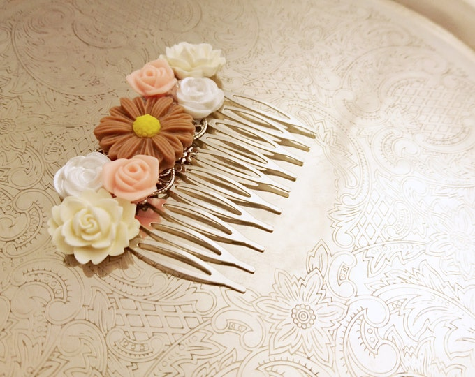 Handmade wedding hair comb clip resin flowers roses vintage cream peach brown wedding prom accessory hair piece bride