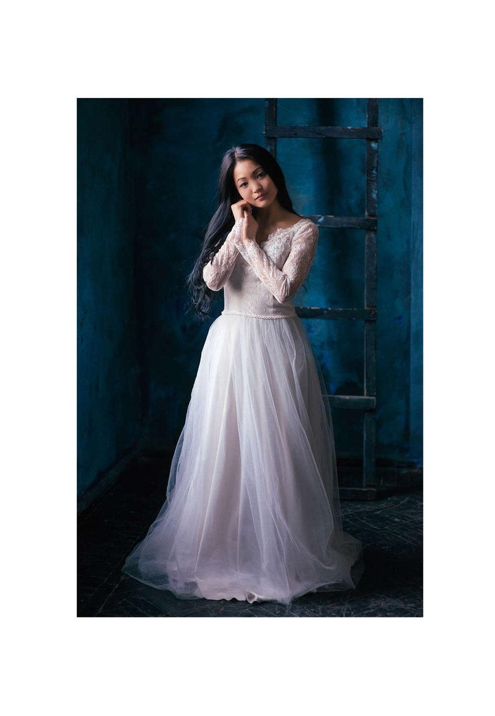 Spitze Kleid violett einzigartige Hochzeit Brautkleid.