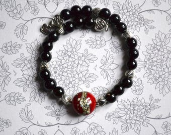 My heart bracelet / love - Red Central bead spun torch - 925 Sterling Silver - gift idea - black - heart beads.