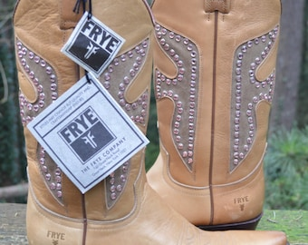 Frye Vintage Daisy Duke Western Boots Size 8 for Women - With Tags and Never Worn