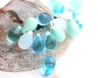 6x9mm Mint Green, Blue teardrops beads mix, Beach Czech Glass beads, Aqua Blue pressed drops - 20pc - 0585