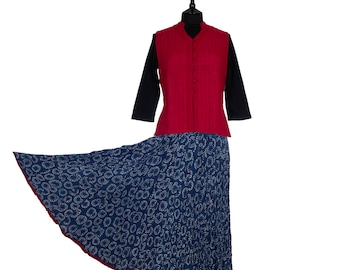 INDIGO DYED Block Printed Crinkle SKIRT - One size 8 to 18 - Indigo with off white flower motif