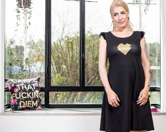 Heart dress in black with silver / gold print