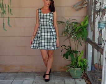 Vintage Plaid Dress / Jumper Mini Early 90's / Small medium Rayon